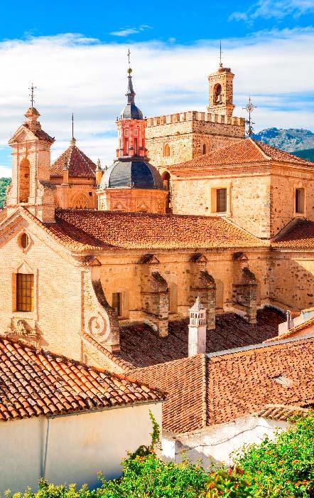 monasterio de santa maria de guadalupe en caceres